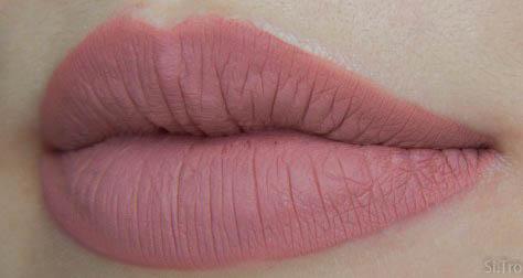 sleek-bs-lip2